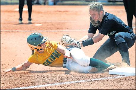 6/3/19 Eastern Alamance wins first softball state championship in ...